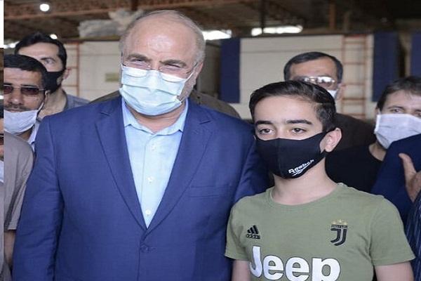 از عکس یادگاری با یک نوجوان خجالتی تا بازدید از کارخانه شالیکوبی