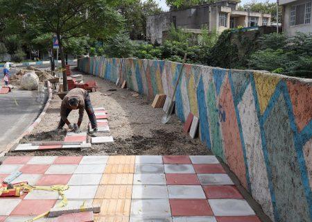 از گسترش پروژه هدایت آب های سطحی تا مناسب سازی تردد عابرین پیاده